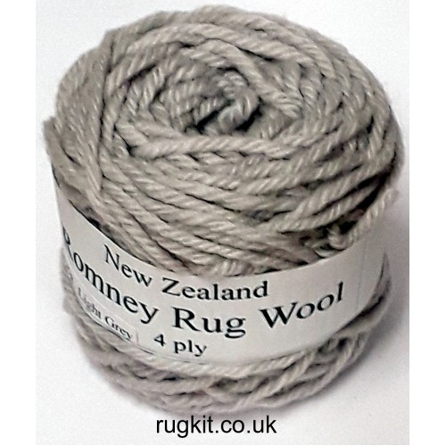 Romney rug wool 100g ball 978