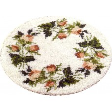 Floral Wreath latch hook rug kit