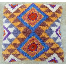 Aztec cushion kit