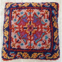 Scheherazade latch hook cushion kit